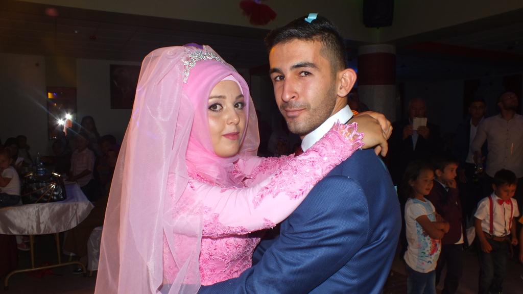 mehmet ile fatma evliliğe ilk adımını attı