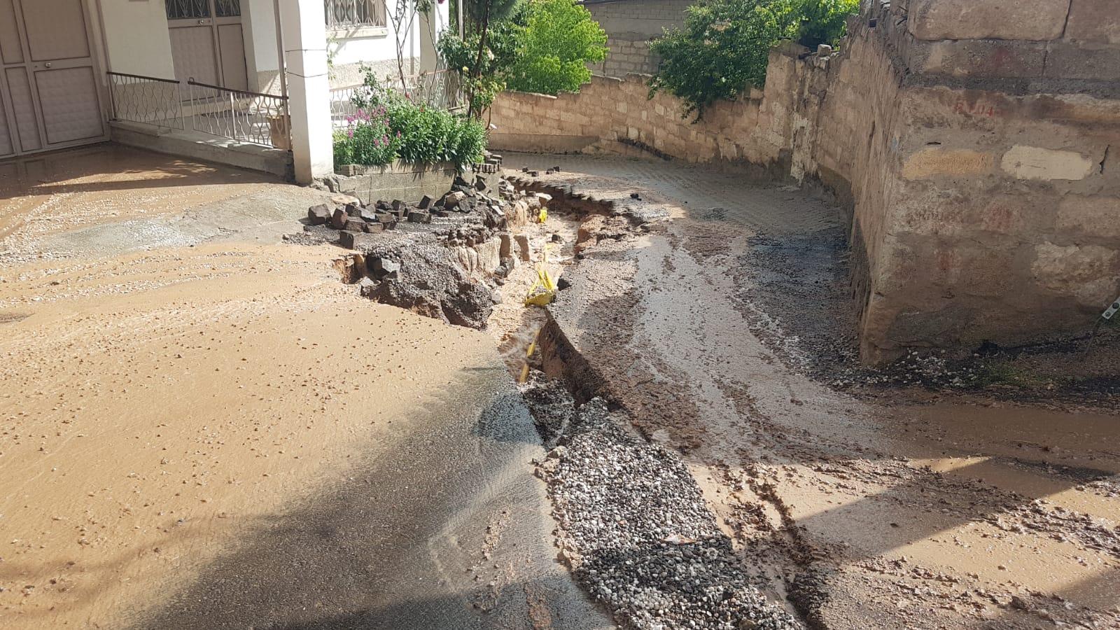 Kasabamızda aşırı yağış sel ve göçüklere neden oldu