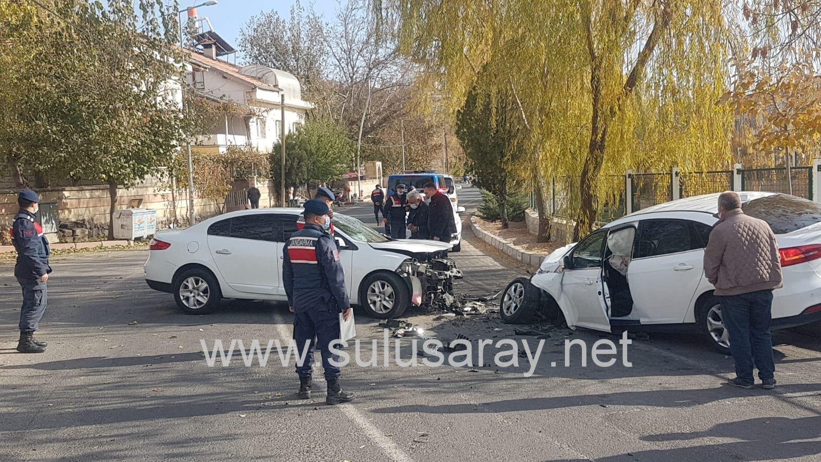 kasabamızda maddi hasarlı trafik kazası